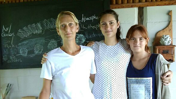 Homeschooling Mom and daughters